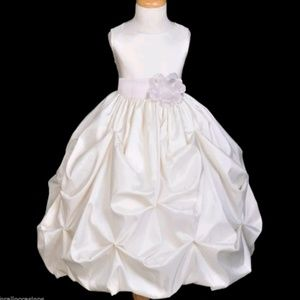 NWT IVORY SZ 2T BUBBLE PICK UP GOWN